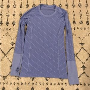 Lululemon Long Sleeve (Like Swiftly)